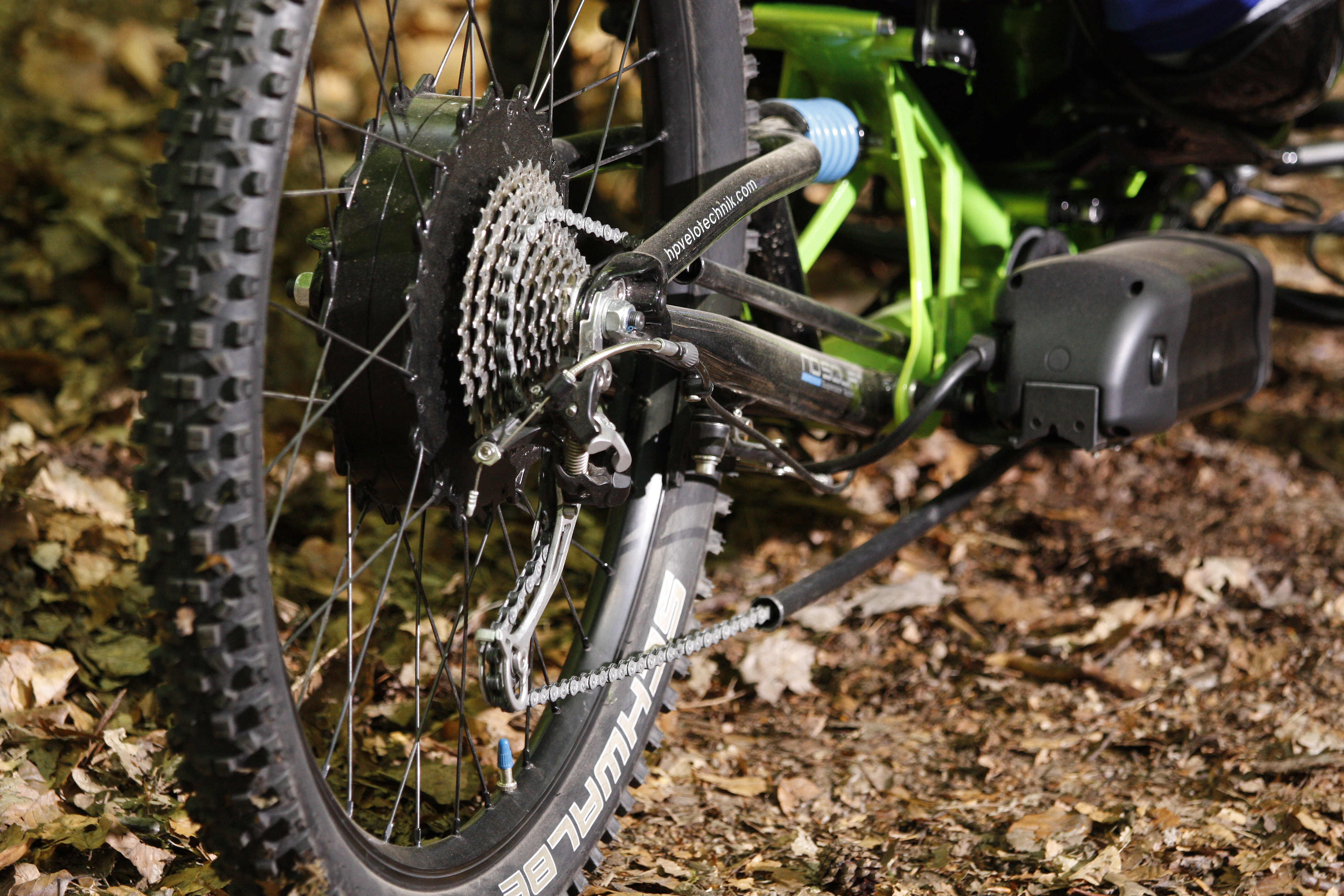 hp_e_trike_scorpion_fs_enduro_action_detail_antrieb_4627